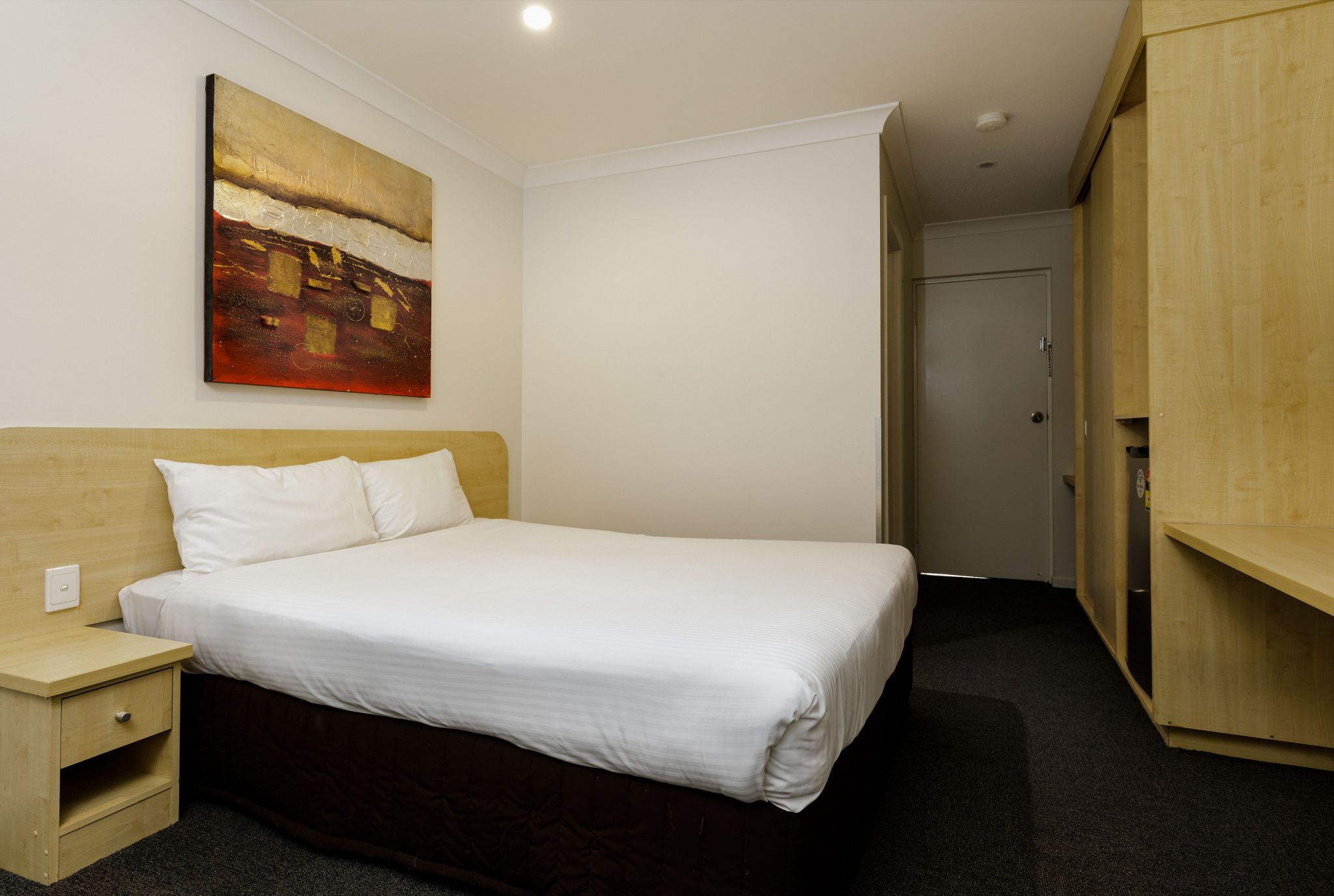 Waterloo Bay Hotel - Motel Accommodation - Byrneside Queen Motel Room 1