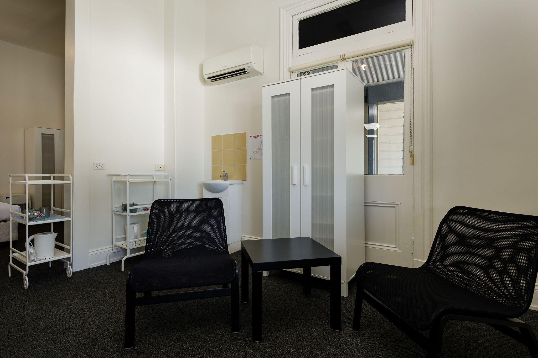 Waterloo Bay Hotel - Pub Accommodation - Family Pub Room 4