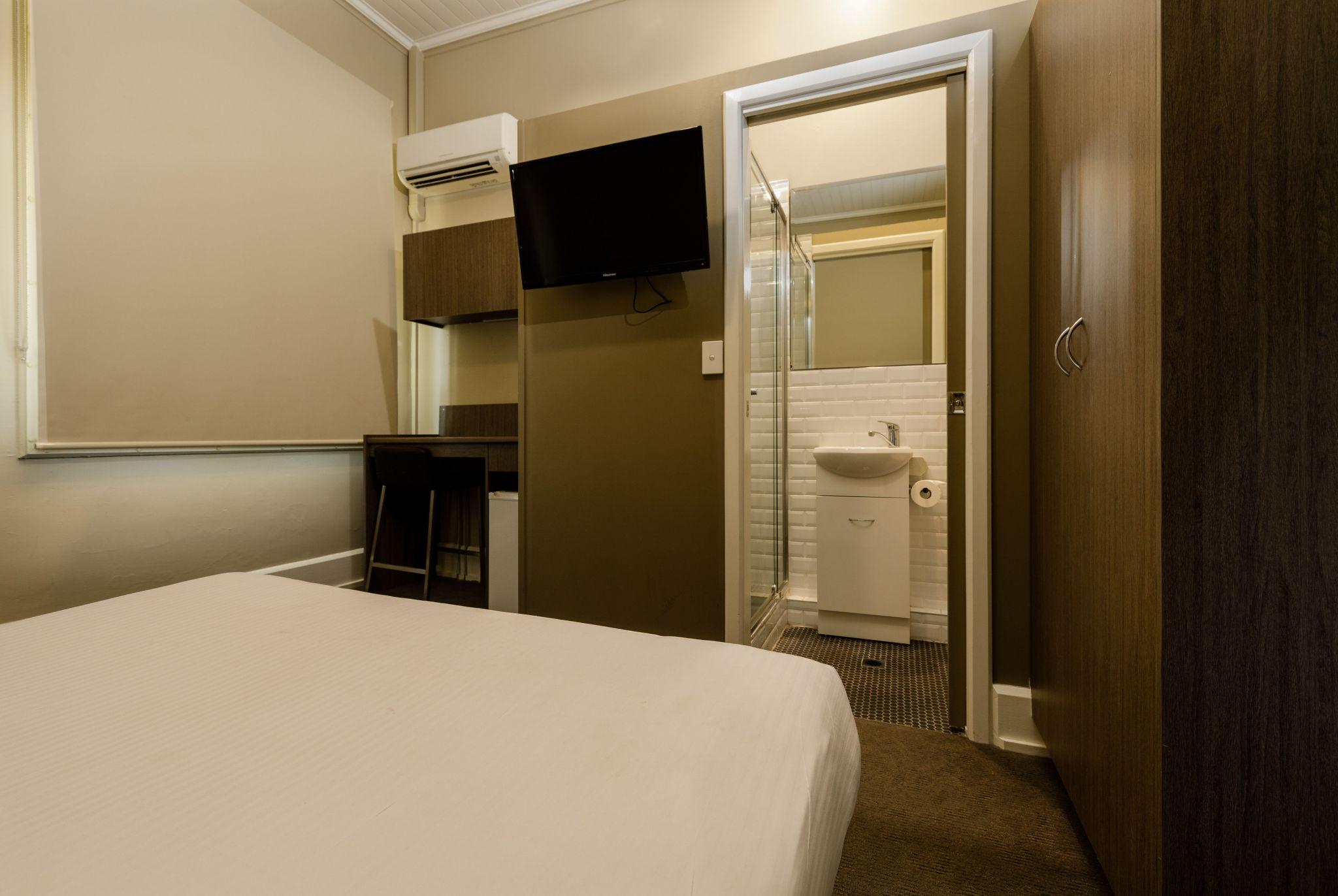Waterloo Bay Hotel - Pub Accommodation - Superior Pub Room 1