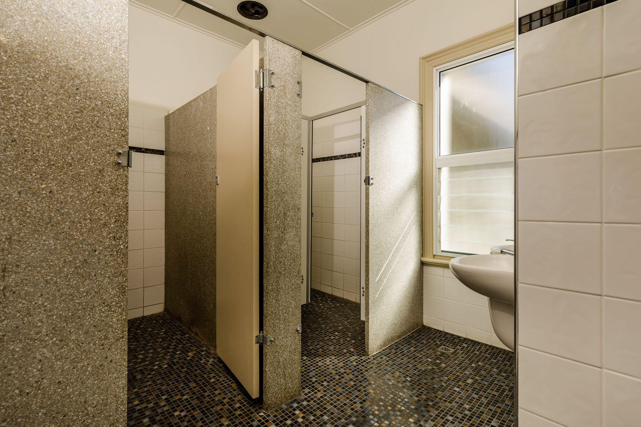 Waterloo Bay Hotel - Pub Accommodation - Toilets